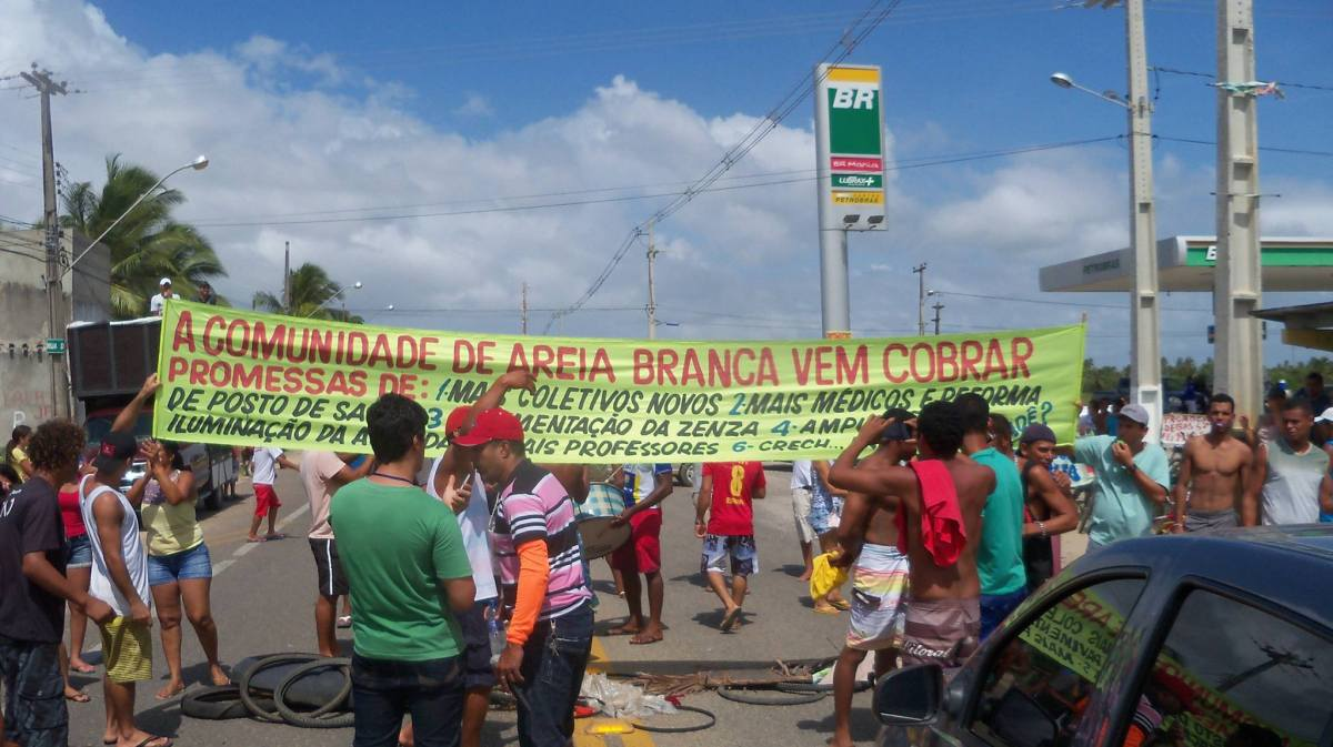 Moradores do povoado Areia Branca, na Zona de Expansão, fazem nova manifestação